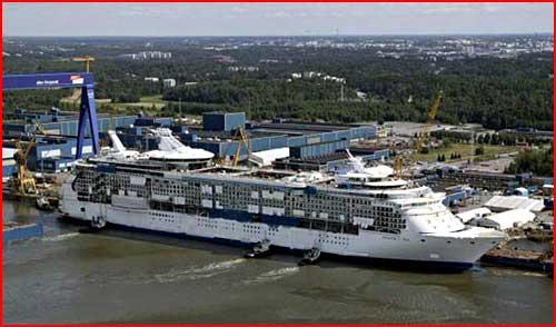 В круиз на шикарном лайнере  (гей блюсик 1051)