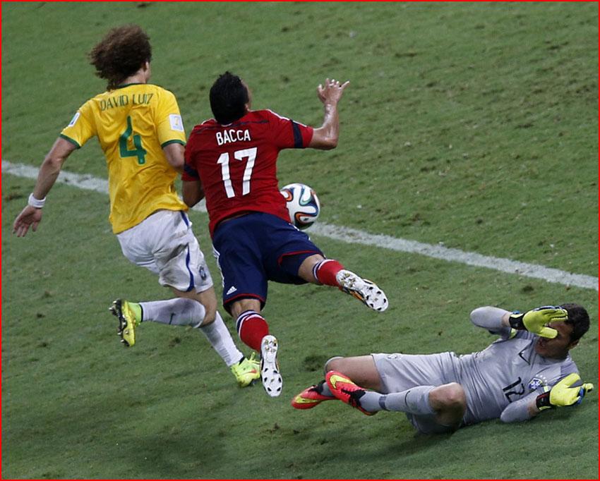 Самые яркие моменты чемпионата мира по футболу 2014 в Бразилии  (гей блюсик 10859)