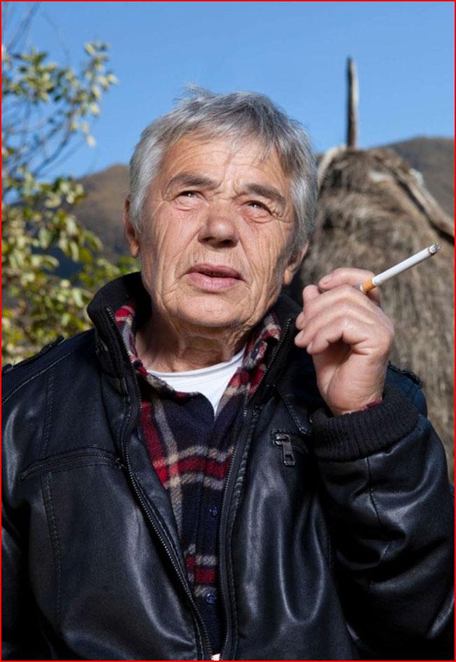 Джилл Петерс: Присяжные девственницы из Албании и третий пол