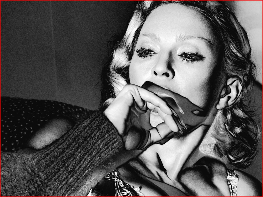 Откровенная фотосессия Мадонны  (гей блюсик 11599)