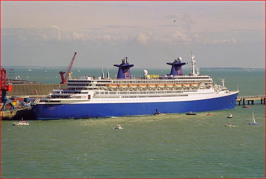 Самые большие корабли  (гей блюсик 11607)