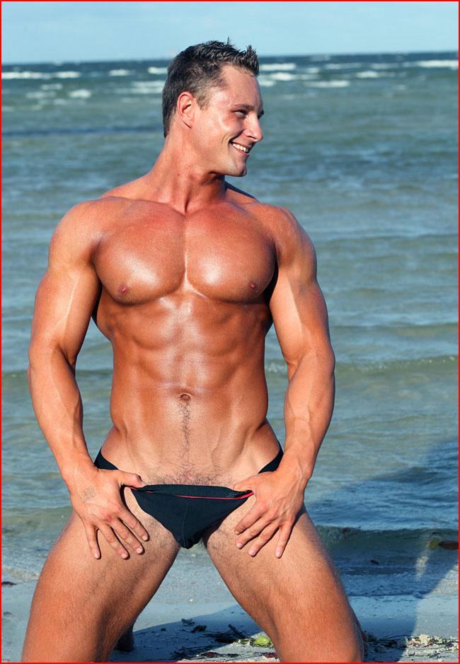 Мускулистые мужики голые 131