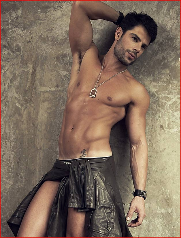 maximo single gay men Hot latino men 36,647 likes 54 talking about this this page has a collection of the hottest guys on fb and (gay) latin men in fb also have sexy.