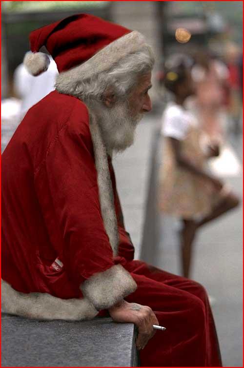 Санта перекуривает  (гей блюсик 1280)