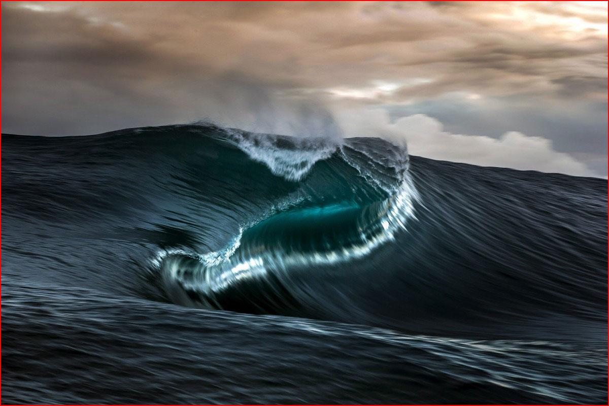 Впечатляющие волны острова Таити  (гей блюсик 13287)