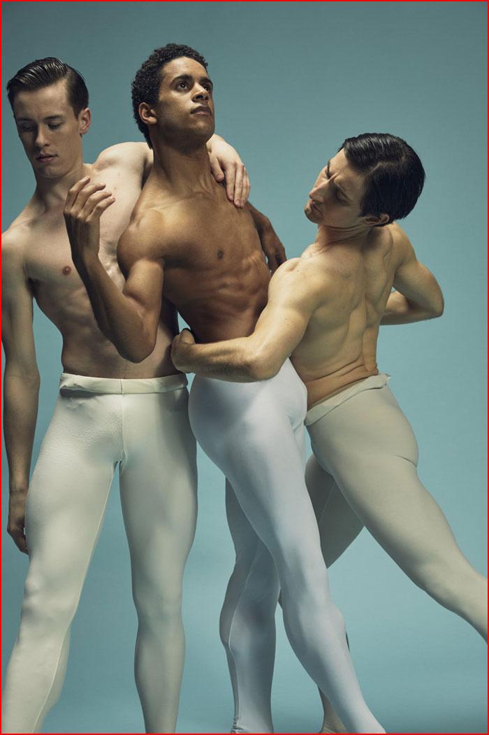 Голый балет парней согласен