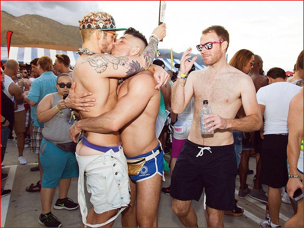 Парни: эротика и магия удовольствия  (гей блюсик 14775)