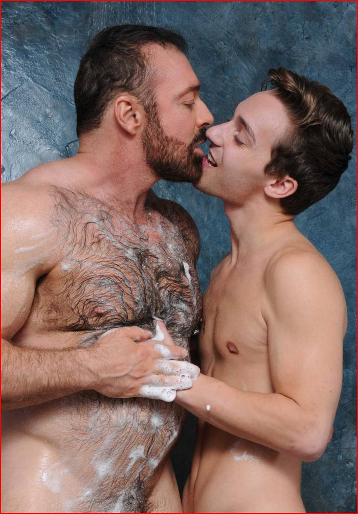 Разновозрастная любовь  (гей блюсик 15229)