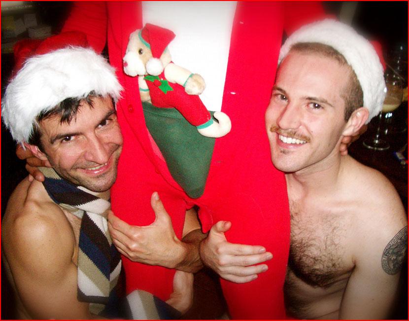 Игры с Санта-Клаусом  (гей блюсик 15908)