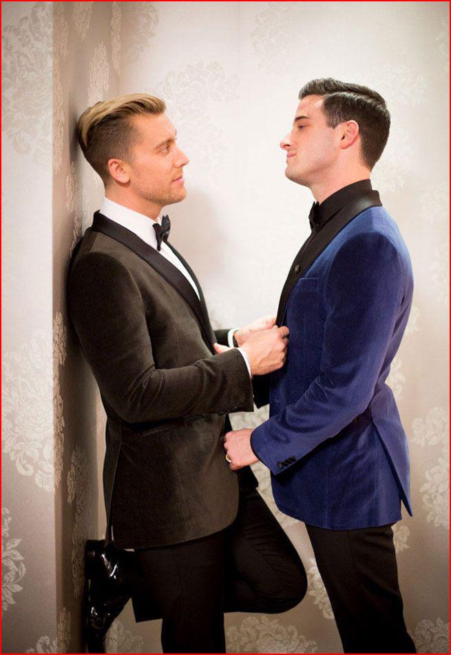 Влюблённые мальчики  (гей блюсик 16049)