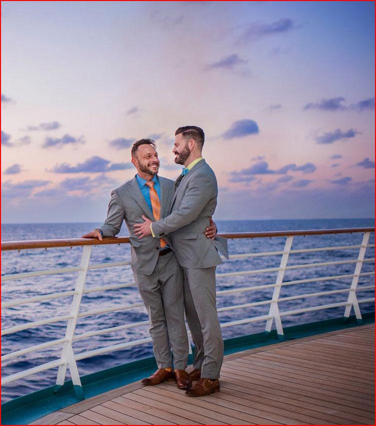 Влюблённая пара  (гей блюсик 16073)