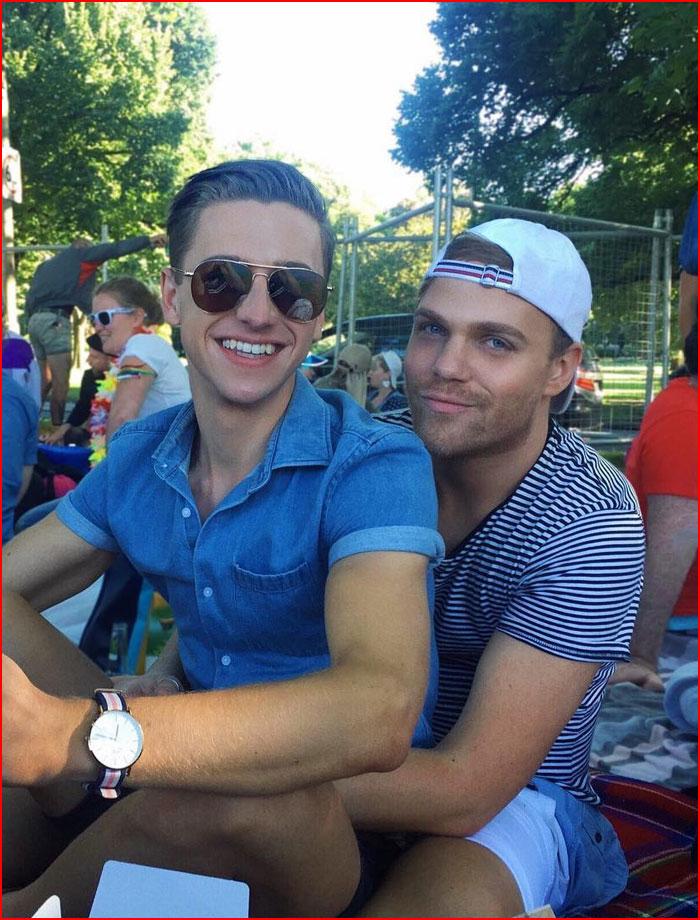 Мы вместе  (гей блюсик 16101)