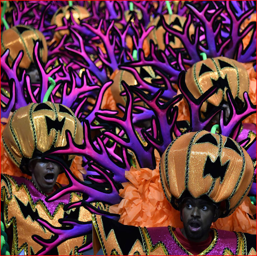 Карнавалы 2018 года  (гей блюсик 16107)