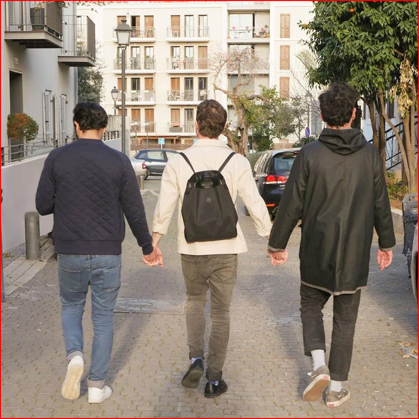 Трое влюблённых  (гей блюсик 16125)