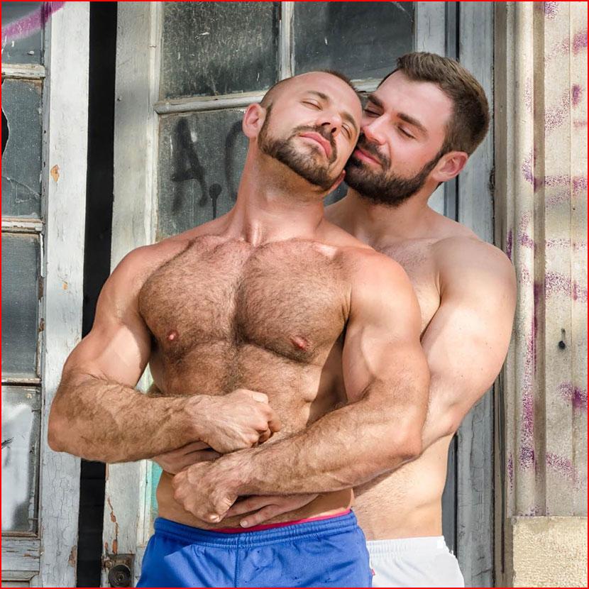 В объятиях любимого  (гей блюсик 16133)