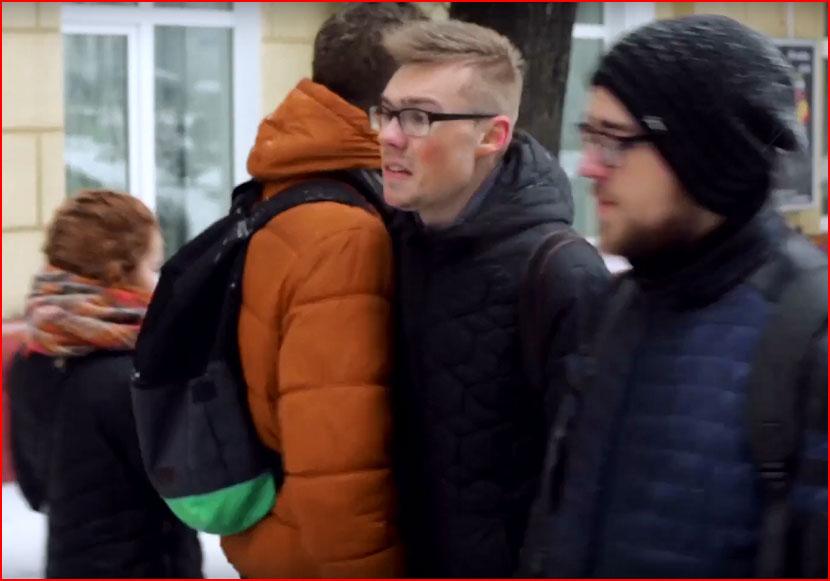 """Социальный видеоролик против гомофобии """"Мы равны в правах"""""""