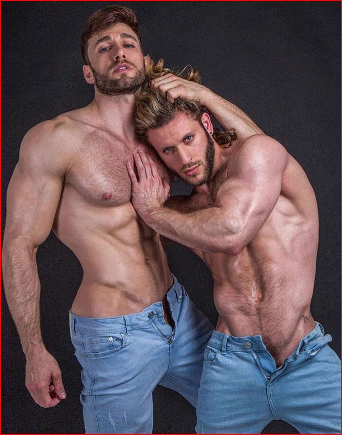 Сексапильные парни  (гей блюсик 16337)
