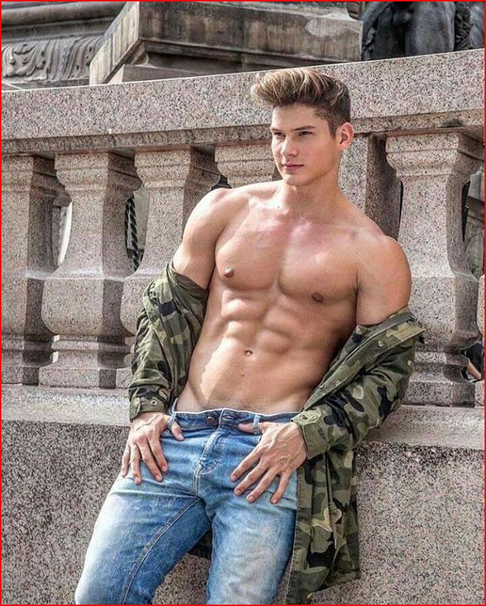 Горячий парень  (гей блюсик 16558)