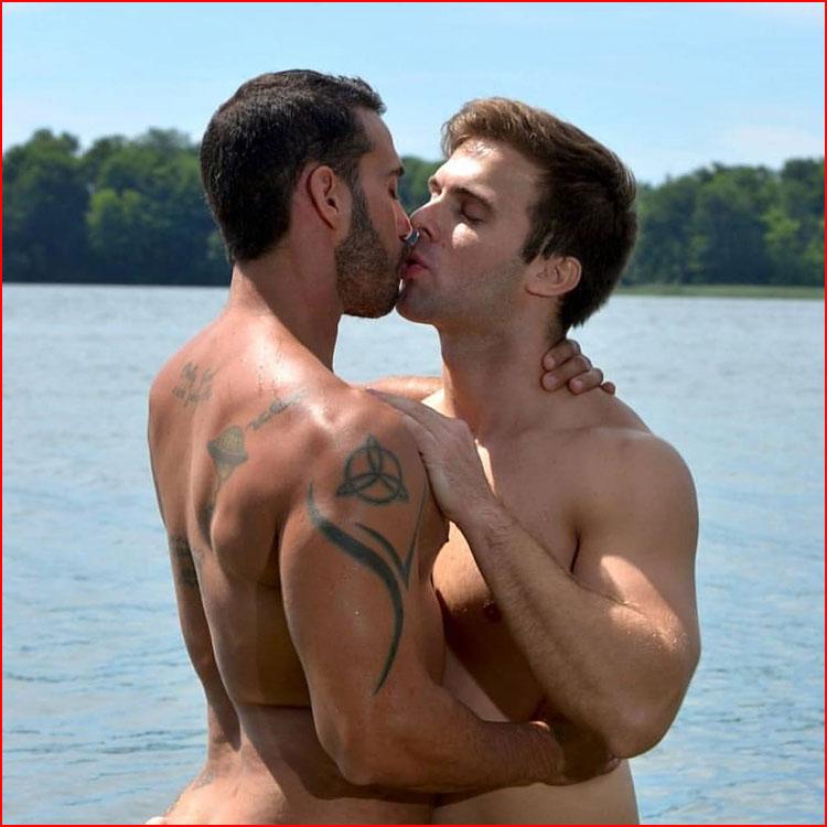 Влюблённые  (гей блюсик 16559)