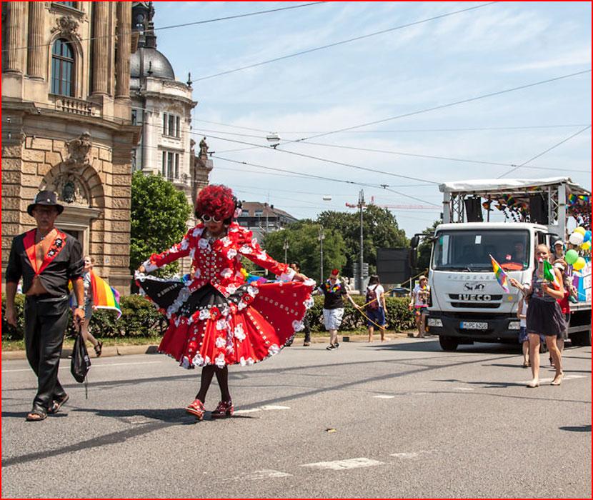 Гей-парад в Мюнхене  (гей блюсик 16563)