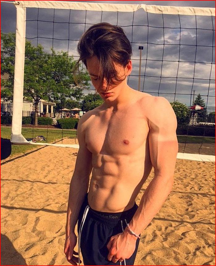 Спортсмен  (гей блюсик 16582)