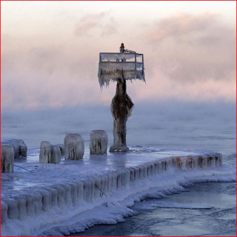 Сцены из замерзшего мира  (гей блюсик 17527)