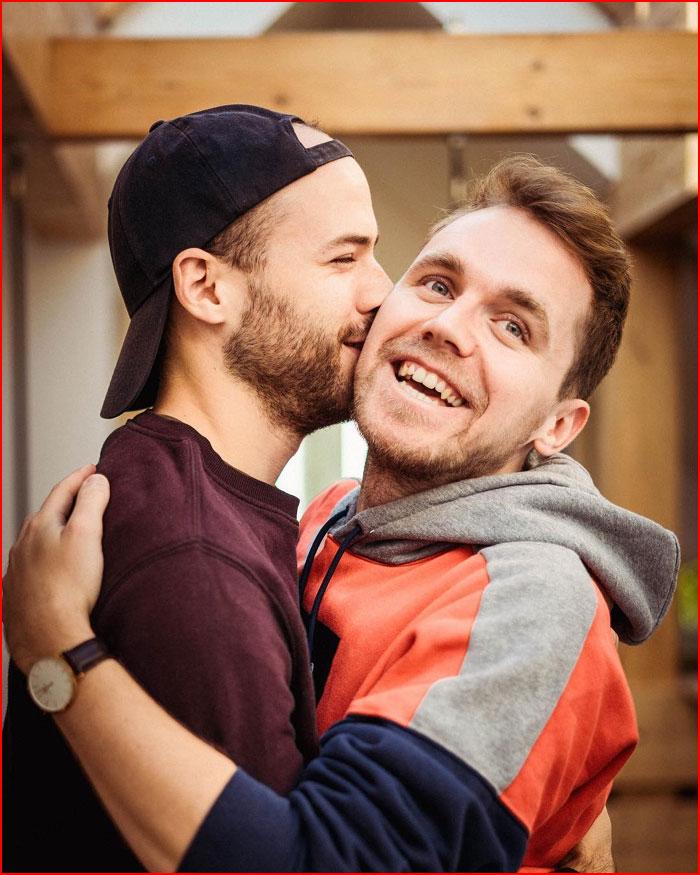 Счастливые вместе  (гей блюсик 17541)