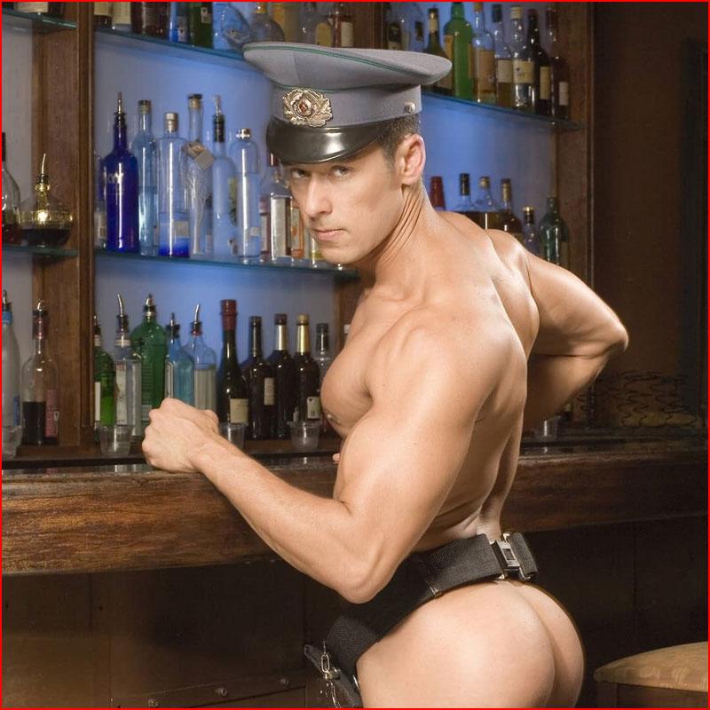 Сексапильный бармен  (гей блюсик 17726)