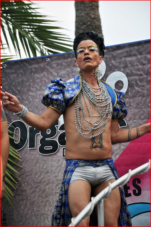 Sitges Gay Pride  (гей блюсик 17799)