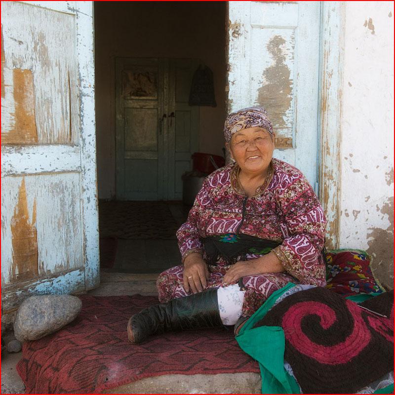 Красивая Киргизия. Фотозарисовка  (гей блюсик 18387)