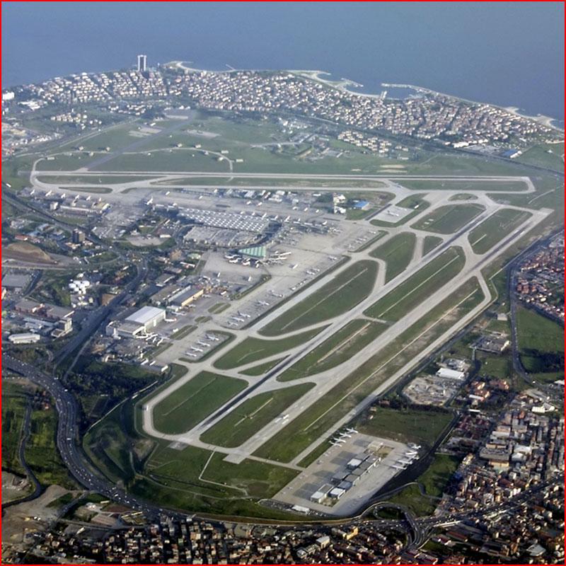 Стамбул из иллюминатора самолёта  (гей блюсик 18487)