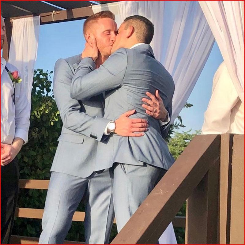 А у нас свадьба!  (гей блюсик 18807)