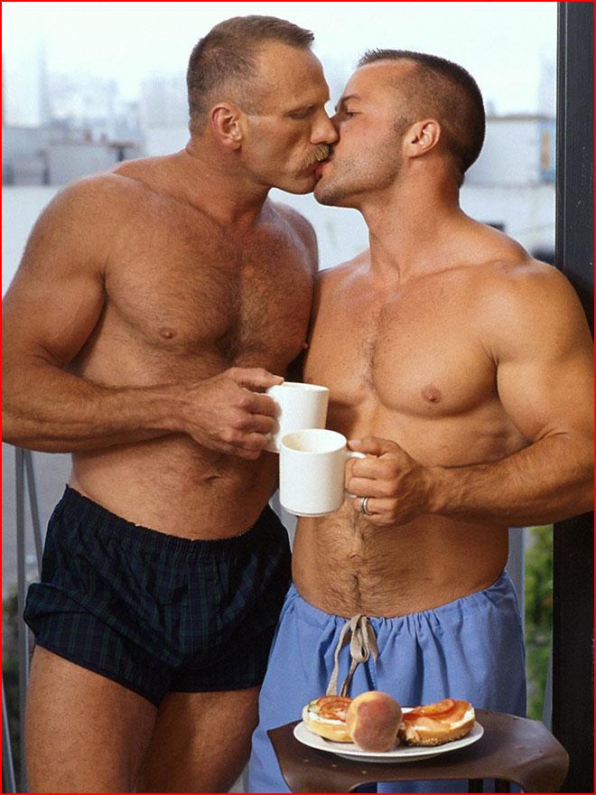 Зрелые отношения  (гей блюсик 19142)