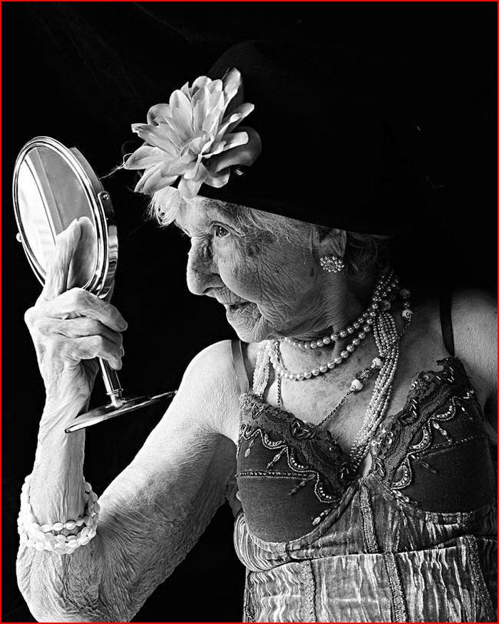 Интимные портреты пожилых людей  (гей блюсик 19147)