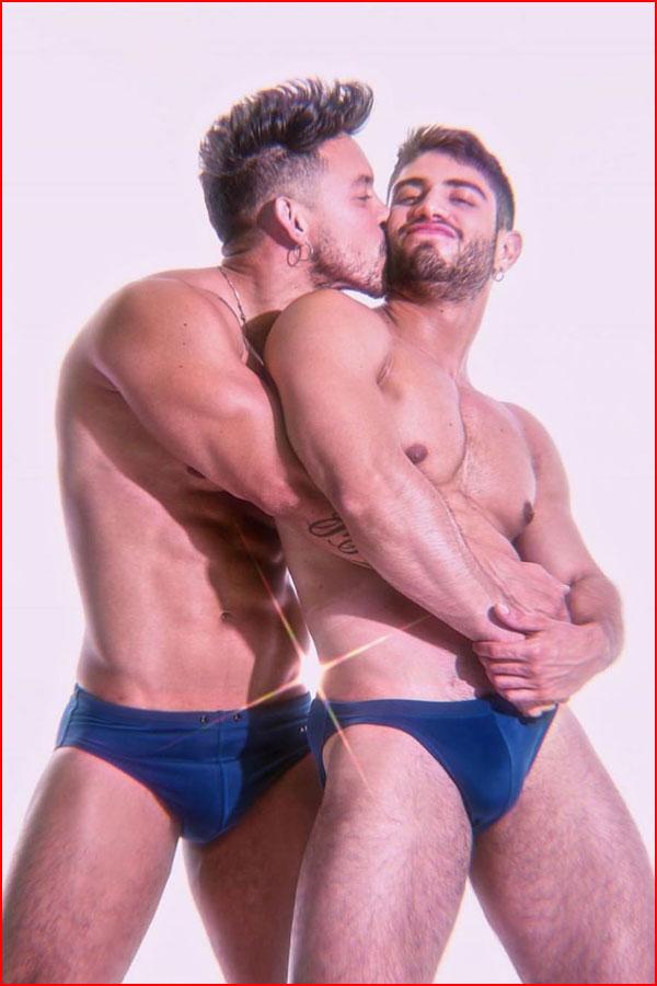 Целуй меня,целуй  (гей блюсик 19562)