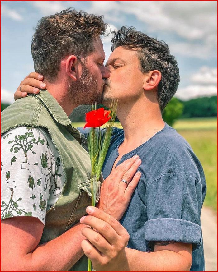 Лето влюблённых  (гей блюсик 19628)