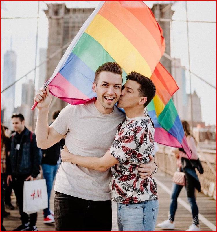 Мы вместе. Фотозарисовка  (гей блюсик 19811)