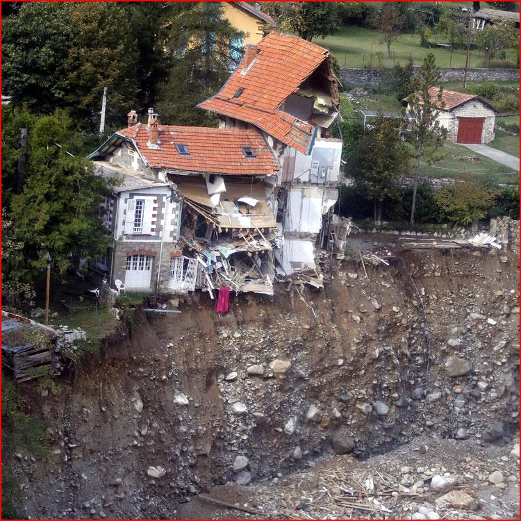 Смертельное наводнение во Франции