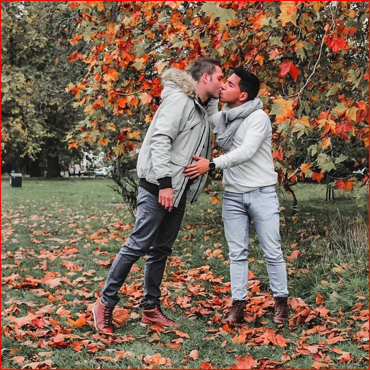 Осенняя прогулка  (гей блюсик 19992)