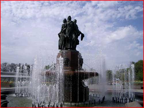 Семь чудес России. Мамаев курган  (гей блюсик 2019)