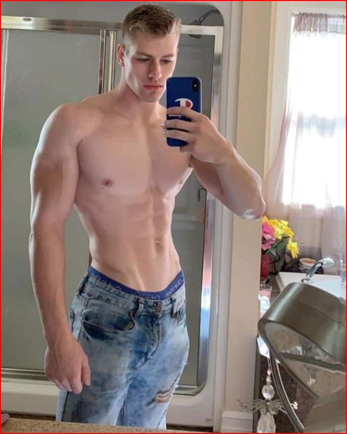 Селфи  (гей блюсик 20214)