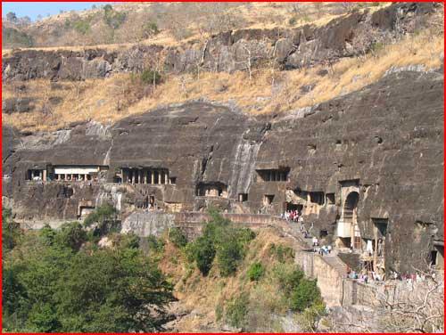 Пещеры Эллоры - чудо в базальтовых холмах  (гей блюсик 2463)