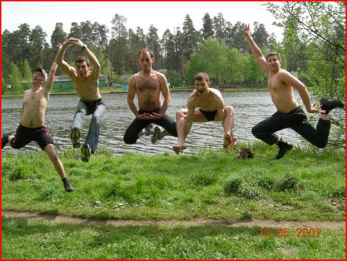 Летом на речке  (гей блюсик 2468)