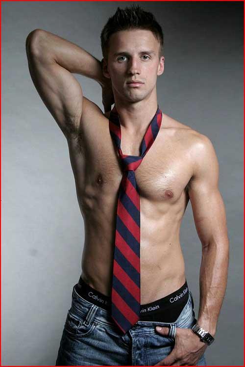 Почти одетый  (гей блюсик 4154)