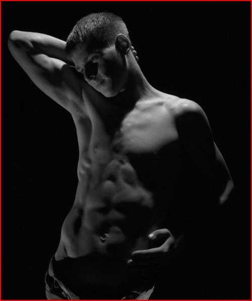 Чёрно-белая эротика  (гей блюсик 4563)