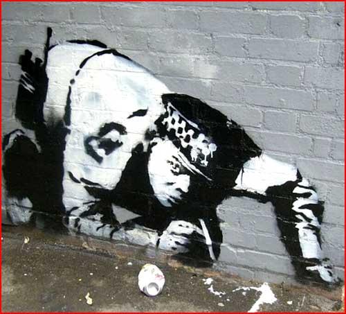 Лучшие работы Banksy  (гей блюсик 4619)