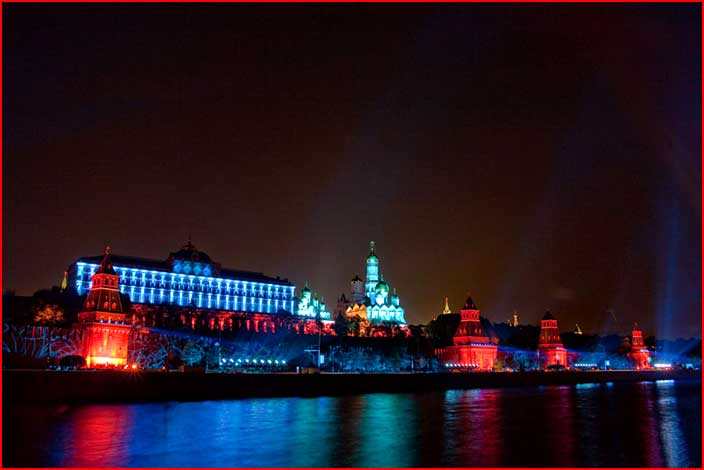 Иллюминация Кремля в Москве  (гей блюсик 4779)