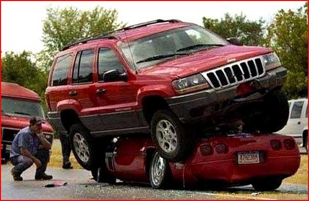 Аварии бывают разными  (гей блюсик 4787)