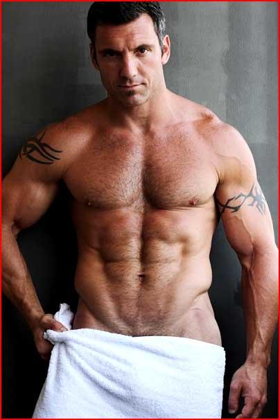 Мужчина средних лет  (гей блюсик 5386)