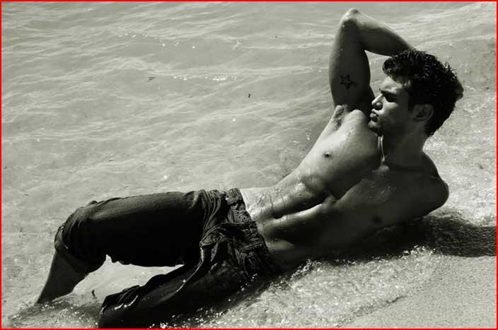Фотомодель Leonardo Corredor  (гей блюсик 6086)